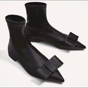 Zara pull on boots with bow